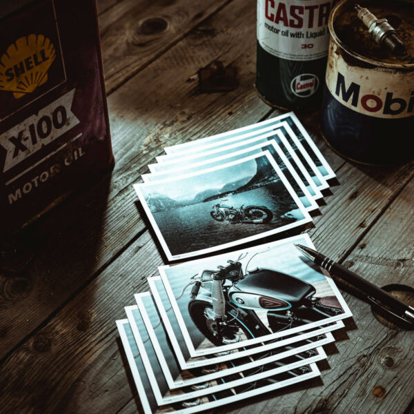 TITAN-Motorcycle-Motorrad-Postkarte-Motiv-DIN-A6-Ansichtskarte-Motorbike_ARK_Goodie-Deko-Garage-Wohnzimmer-01