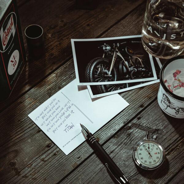 TITAN-Motorcycle-Motorrad-Postkarte-Motiv-DIN-A6-Ansichtskarte-Motorbike_ARK_Goodie-Deko-Garage-Wohnzimmer-Life-inspiration-Quote-01